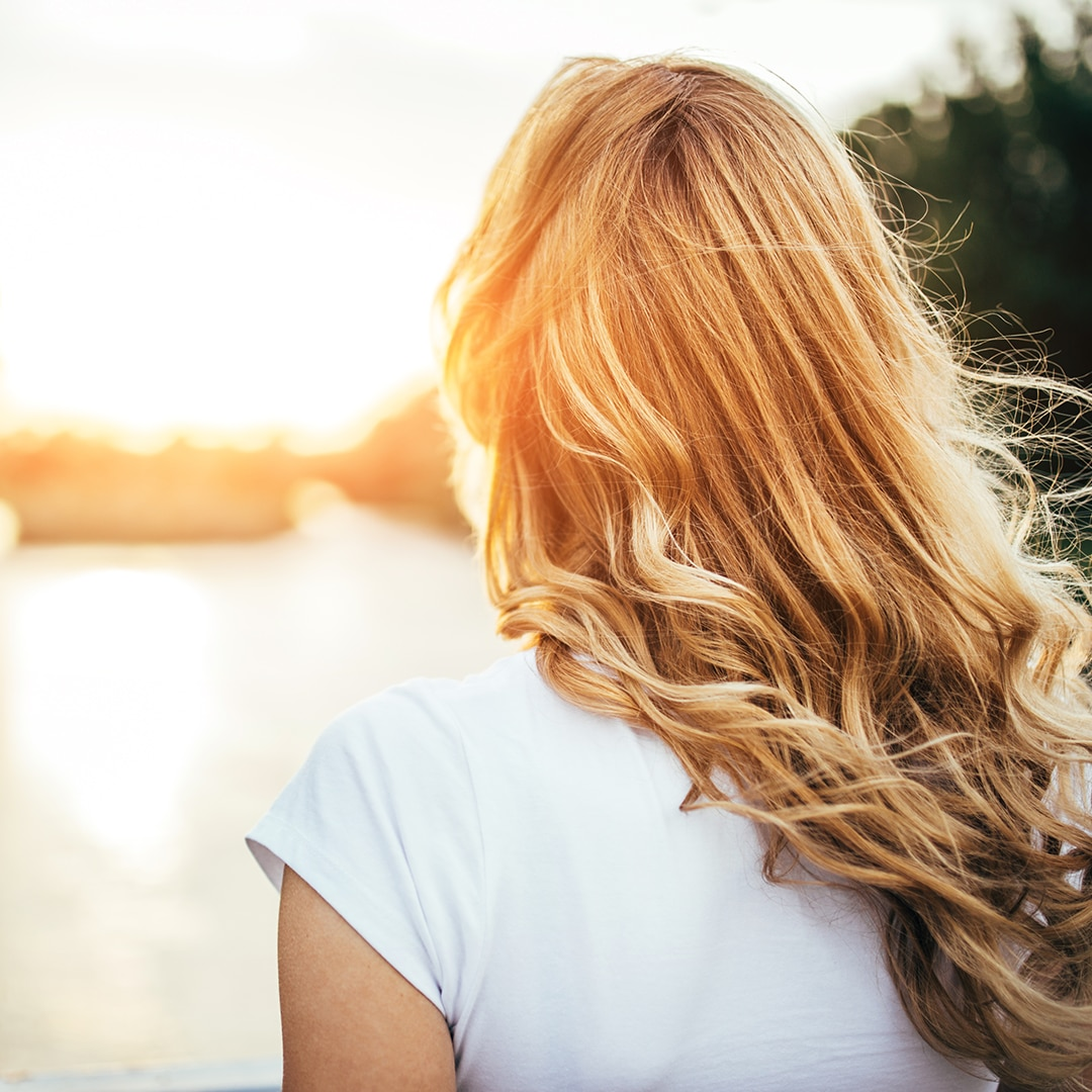 How to make your hair lighter in the sun