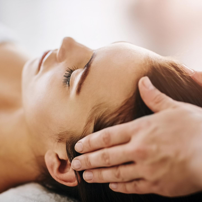 Et pendant le confinement, proposer des massages à vos proches